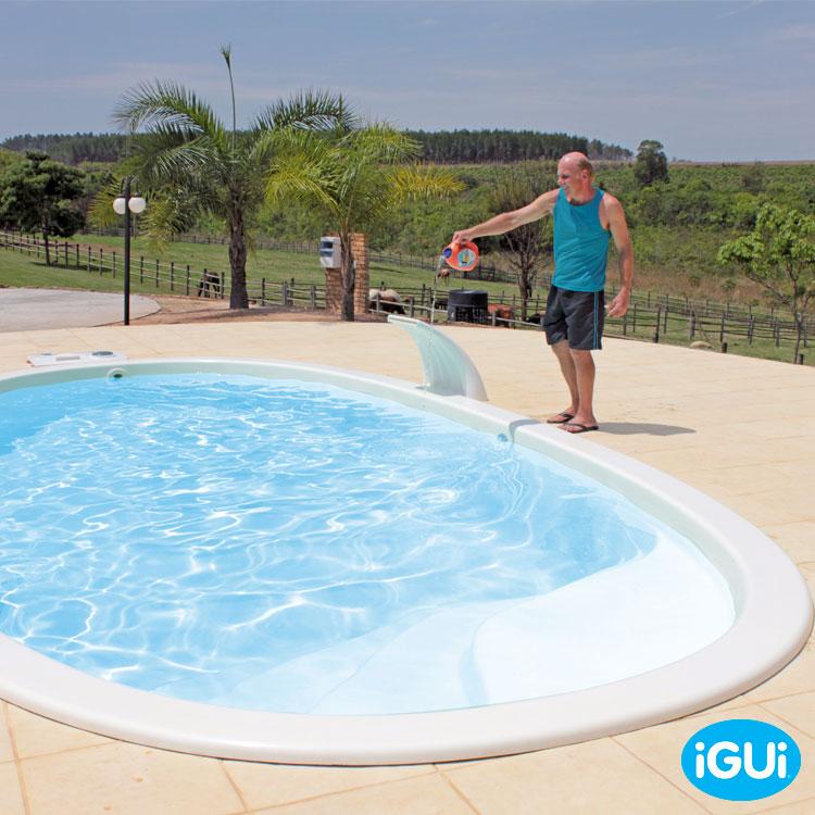 Solo trata sua piscina sozinho substitui o cloro igui for Piscina sobre o solo